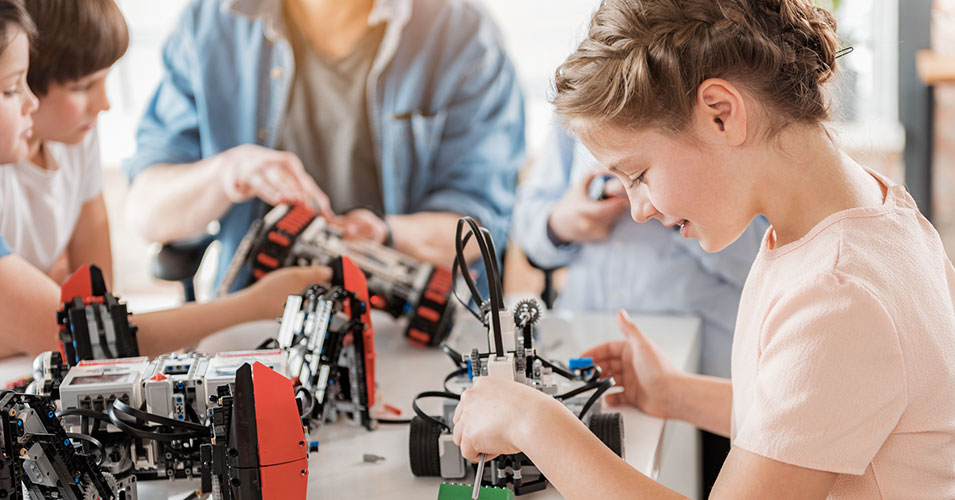 Girls Outperform Boys On National Engineering, Technology Skills Tests